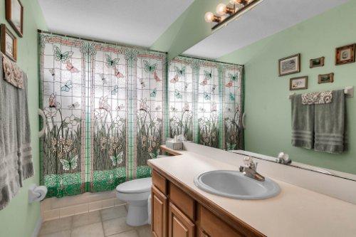 2606-Teeside-Ct--Kissimmee--FL-34746----21---Bathroom.jpg
