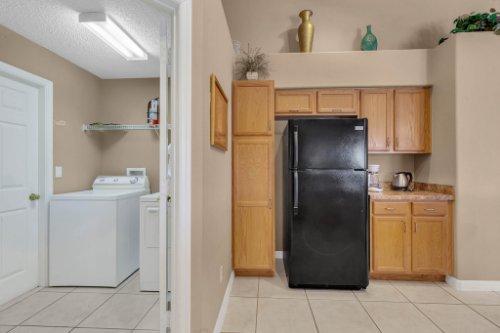 16018-Hawk-Hill-St--Clermont--FL-34714----16---Kitchen.jpg