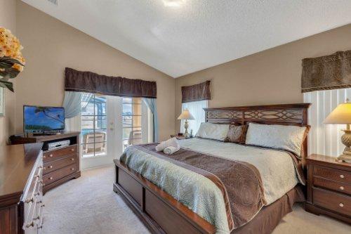 16018-Hawk-Hill-St--Clermont--FL-34714----17---Master-Bedroom.jpg