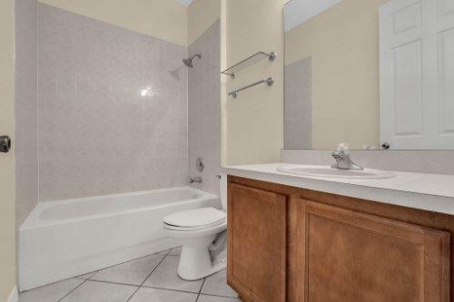 10069-Silver-Laurel-Way--Orlando--FL-32832----11---.jpg