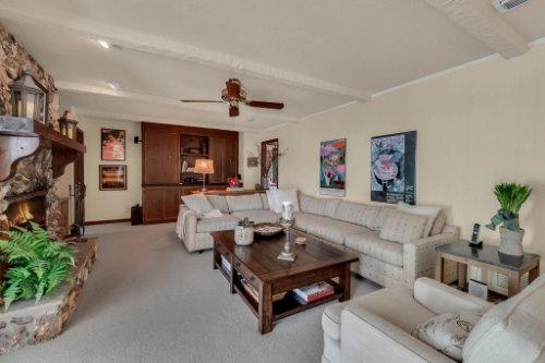 14-Green-Lake-Cir--Longwood--FL-32779----15---Family-Room.jpg