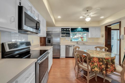 14-Green-Lake-Cir--Longwood--FL-32779----22---Kitchen.jpg