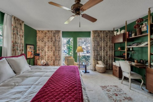 14-Green-Lake-Cir--Longwood--FL-32779----24---Master-Bedroom.jpg