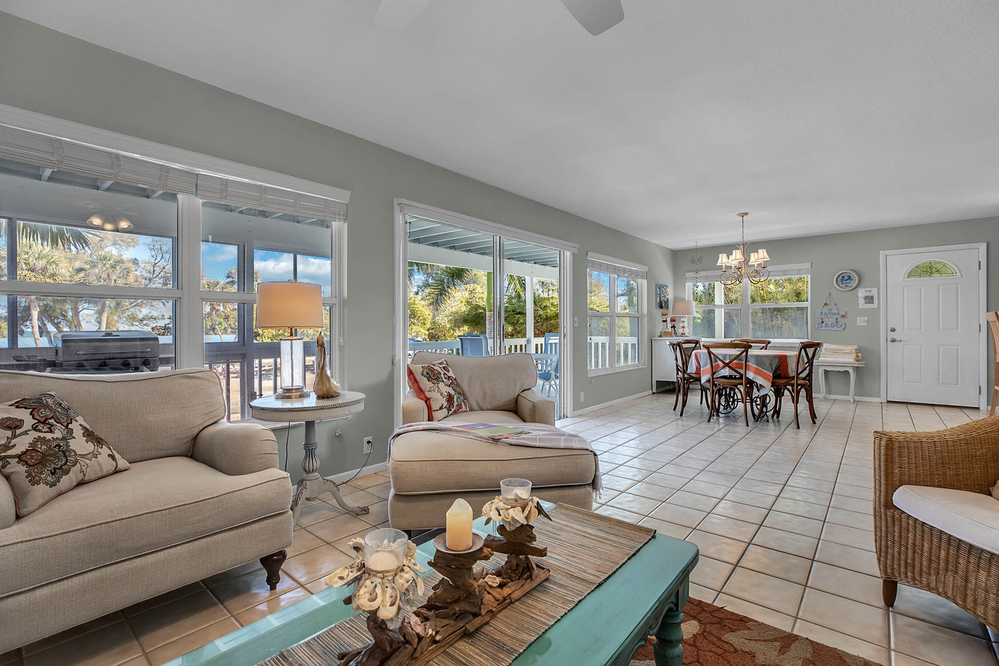 403-N-Bay-Blvd.-Anna-Maria--FL-34216--07--Living-Room-1---2.jpg