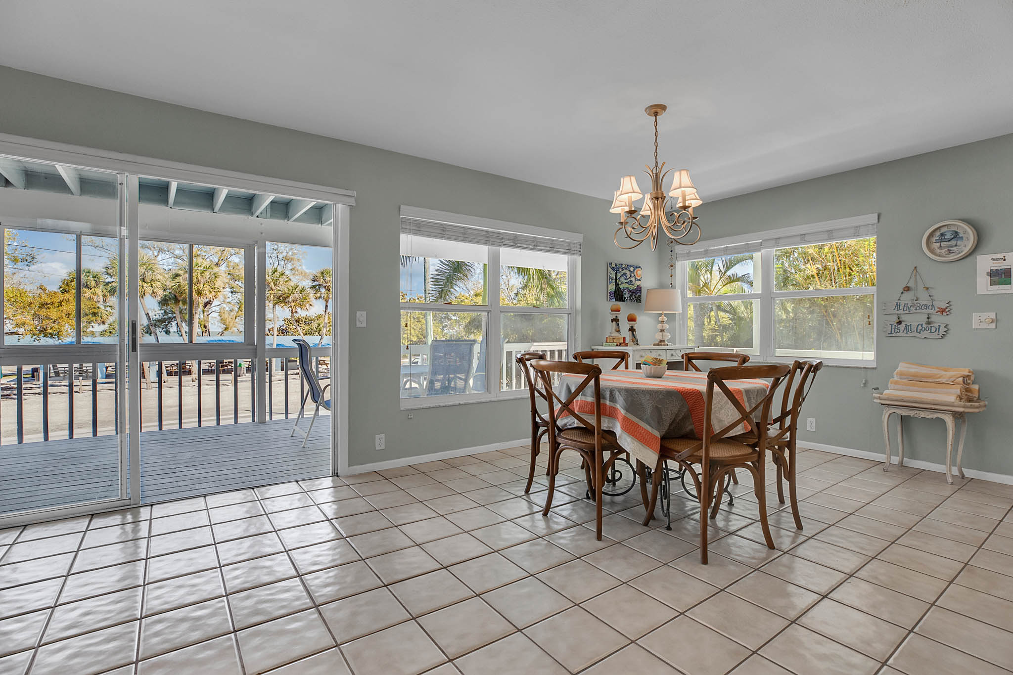 403-N-Bay-Blvd.-Anna-Maria--FL-34216--09--Dining-Room-1---2.jpg
