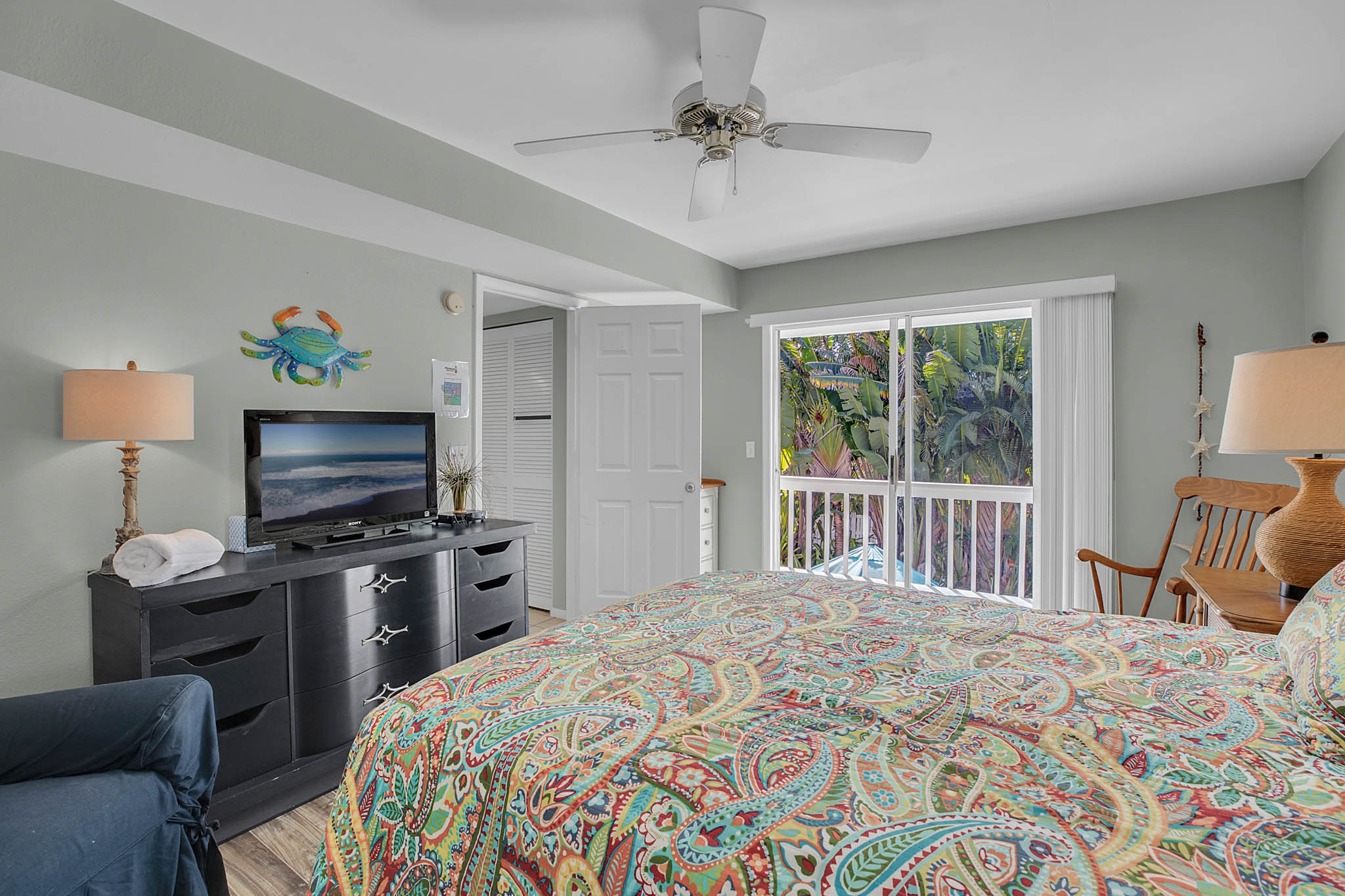 403-N-Bay-Blvd.-Anna-Maria--FL-34216--17--Bedroom-1---2.jpg