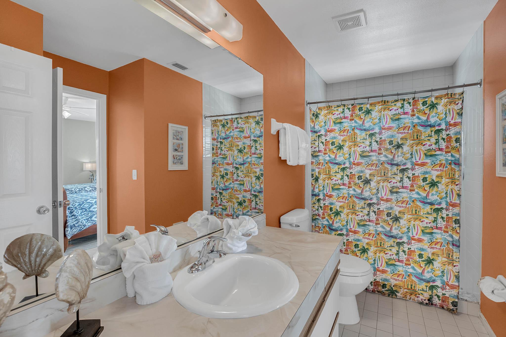 403-N-Bay-Blvd.-Anna-Maria--FL-34216--24--Bath-2-copy.jpg