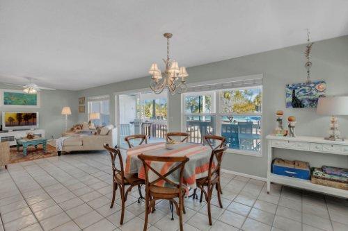 403-N-Bay-Blvd.-Anna-Maria--FL-34216--05--Dining-Room-1---1.jpg