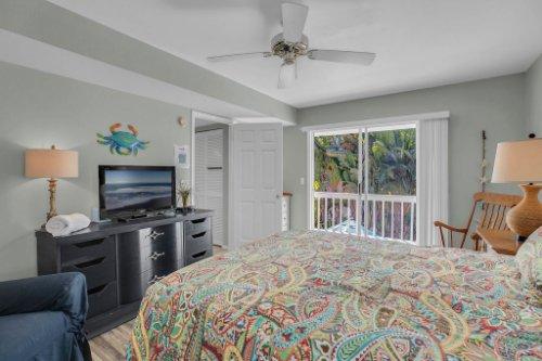 403-N-Bay-Blvd.-Anna-Maria--FL-34216--17--Bedroom-1---2.jpg