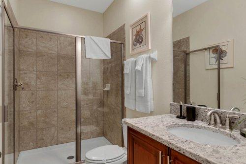 7645-Wilmington-Loop--Kissimmee--FL-34747----26---Bathroom.jpg