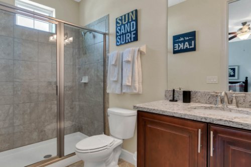 7645-Wilmington-Loop--Kissimmee--FL-34747----28---Bathroom.jpg