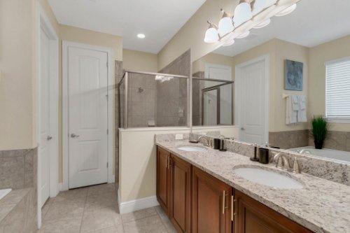 7645-Wilmington-Loop--Kissimmee--FL-34747----37---Bathroom.jpg