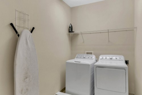 7645-Wilmington-Loop--Kissimmee--FL-34747----39---Laundry.jpg