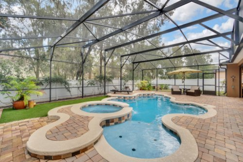 4517-Stone-Hedge-Dr--Orlando--FL-32817---04---Pool.jpg