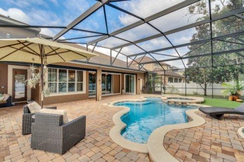 4517-Stone-Hedge-Dr--Orlando--FL-32817---05---Pool.jpg