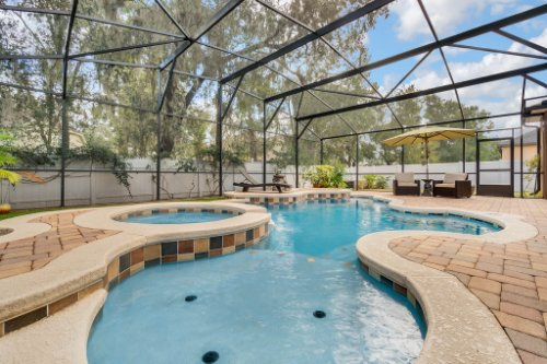 4517-Stone-Hedge-Dr--Orlando--FL-32817---06---Pool.jpg