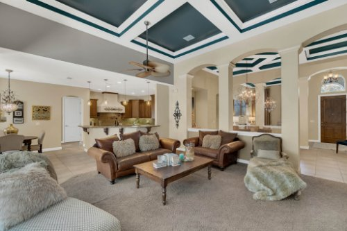 4517-Stone-Hedge-Dr--Orlando--FL-32817---16---Family-Room.jpg
