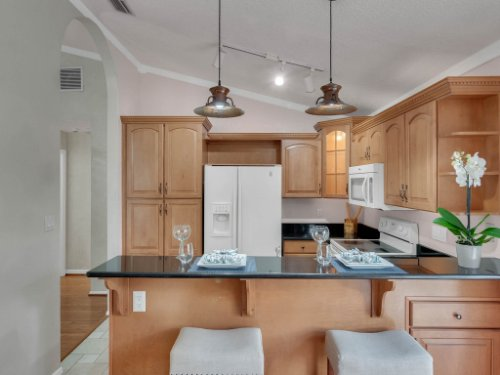 1756-Saddleback-Ridge-Rd--Apopka--FL-32703----19---Kitchen.jpg