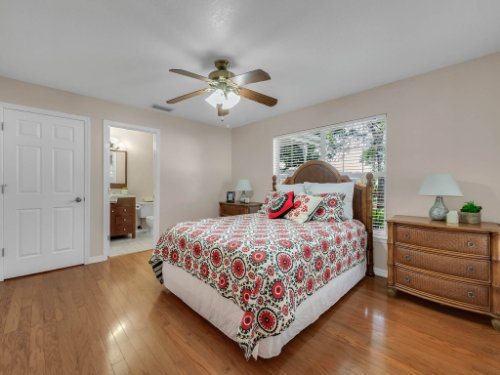 1756-Saddleback-Ridge-Rd--Apopka--FL-32703----21---Master-Bedroom.jpg