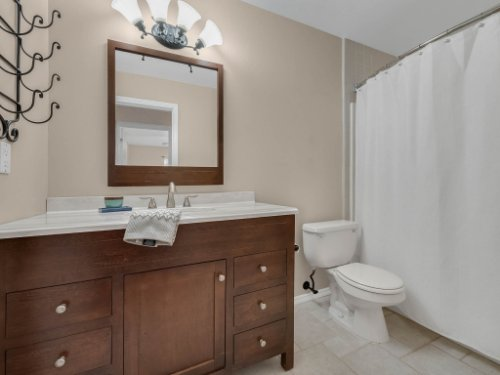 1756-Saddleback-Ridge-Rd--Apopka--FL-32703----25---Bathroom.jpg