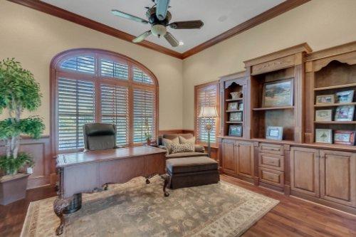 11330-Bridge-House-Rd--Windermere--FL-34786----32---Master-Bedroom.jpg