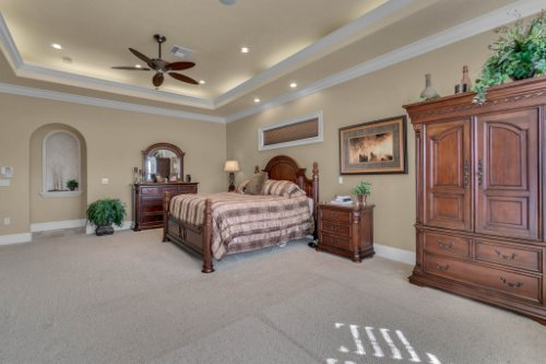 701-Lemon-Bluff-Rd--Osteen--FL-32764----18---Master-Bedroom.jpg