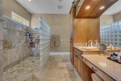 701-Lemon-Bluff-Rd--Osteen--FL-32764----21---Master-Bathroom.jpg