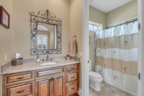 701-Lemon-Bluff-Rd--Osteen--FL-32764----27---Bathroom.jpg