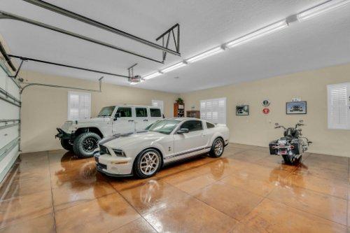 701-Lemon-Bluff-Rd--Osteen--FL-32764----38---Garage.jpg