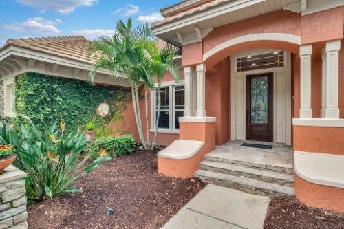 7425-Park-Springs-Cir--Orlando--FL-32835---03---Front.jpg