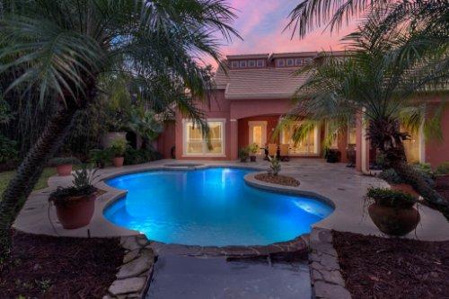 7425-Park-Springs-Cir--Orlando--FL-32835---07---Pool-Twilight.jpg