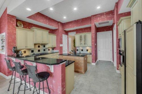 7425-Park-Springs-Cir--Orlando--FL-32835---15---Kitchen.jpg