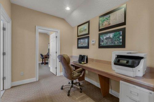 7425-Park-Springs-Cir--Orlando--FL-32835---20---Bonus-Room.jpg
