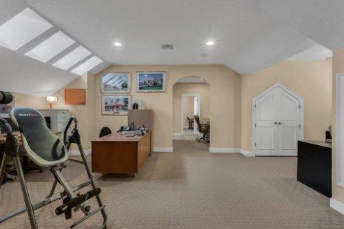 7425-Park-Springs-Cir--Orlando--FL-32835---21---Bonus-Room.jpg