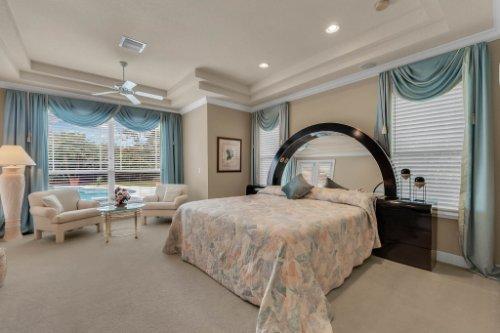 7425-Park-Springs-Cir--Orlando--FL-32835---22---Master-Bedroom.jpg