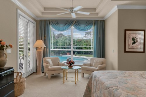 7425-Park-Springs-Cir--Orlando--FL-32835---23---Master-Bedroom.jpg