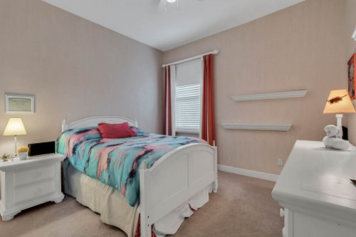 7425-Park-Springs-Cir--Orlando--FL-32835---31---Bedroom.jpg