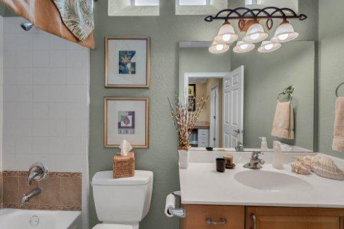 7425-Park-Springs-Cir--Orlando--FL-32835---32---Bathroom.jpg