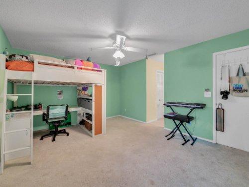 100-Primrose-Dr--Longwood--FL-32779----27---Bedroom.jpg