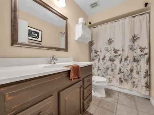 100-Primrose-Dr--Longwood--FL-32779----32---Bathroom-copy.jpg