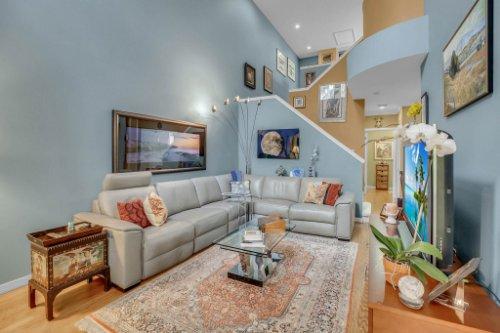 1187-Shipwatch-Circle-Tampa--FL-33602--04--Living-Room-1---2.jpg