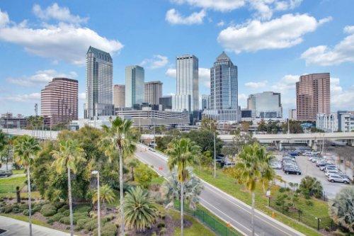 Downtown-Tampa-Florida--03--Downtown-Tampa-1---1.jpg