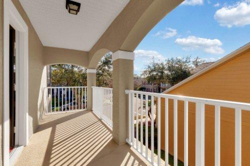 214-Autumn-Oaks-Loop--Winter-Garden--FL-34787----24---Balcony.jpg