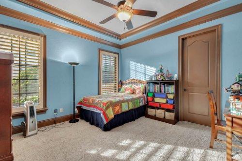 13250-Bellaria-Cir--Windermere--FL-34786----25---Bedroom.jpg