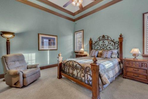 13250-Bellaria-Cir--Windermere--FL-34786----32---Bedroom.jpg