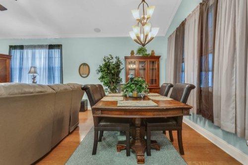8095-Lake-James-Blvd--Lakeland--FL-33810----07---Family-Room.jpg