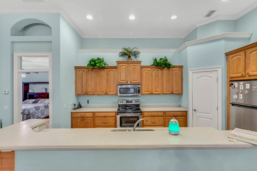 8095-Lake-James-Blvd--Lakeland--FL-33810----08---Kitchen.jpg