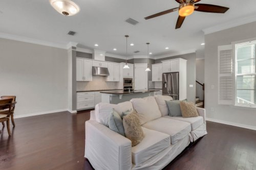 1513-Resolute-St--Kissimmee--FL-34747----09---Family-Room.jpg