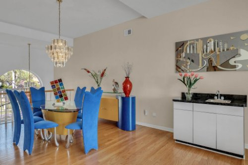 5918-Skimmer-Point-Blvd.-S-Gulfport--FL-33707--02--Dining-Room-1--1.jpg