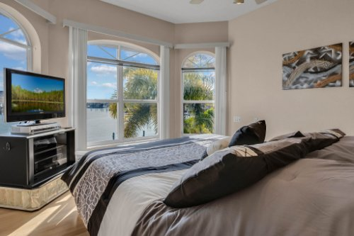 5918-Skimmer-Point-Blvd.-S-Gulfport--FL-33707--08--Bedroom-1---2.jpg